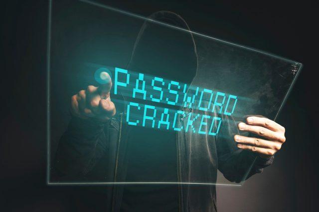 Hacker, hackerský útok (ilustrační foto)