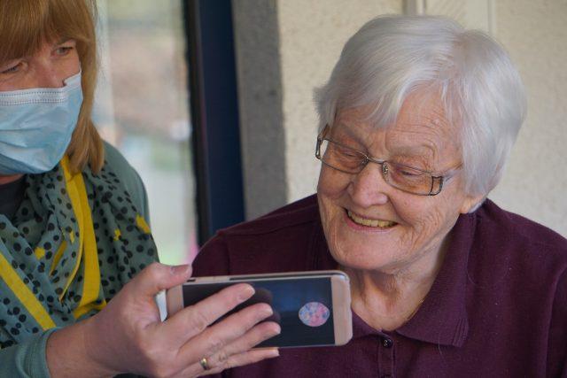 Izolace seniorů napáchala velké škody