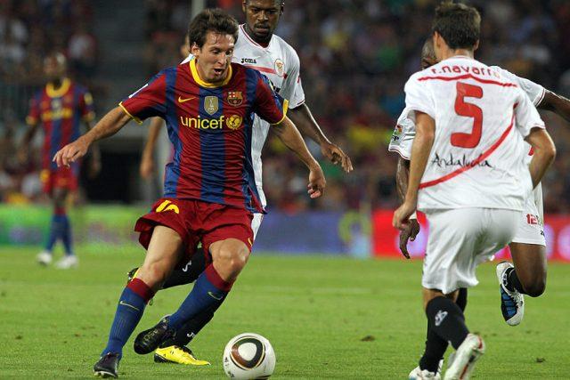 Světová fotbalová hvězda Lionel Messi z Argentiny hraje v dresu FC Barcelona
