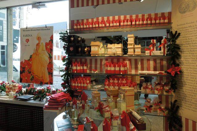 Ani v letošní vánoční kolekci toaletních vod a parfémů od Fariny nechybí klasika