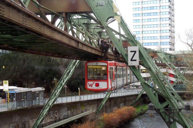 Kloubové vagóny dráhy pocházejí ze 70. let