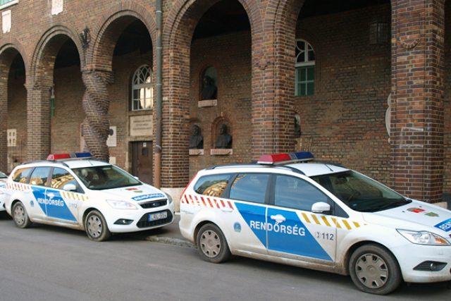 Maďarská policie po vás může chtít pokutu až do výše 100 tisíc forintů, v přepočtu 10 tisíc Kč (ilustrační foto)