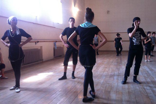 Tanec charakterizuje tradice i svobodný duch