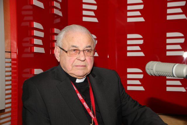 Kardinál Miloslav Vlk byl hostem moderátorky Heleny Šulcové