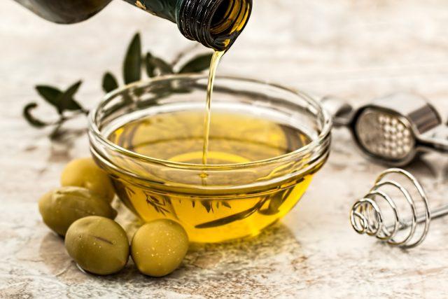 Olivový olej. Je opravdu na smažení nejlepší?