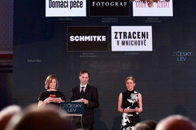 Herci Lenka Krobotová a Jaroslav Plesl moderovali vyhlášení nominace Českého lva
