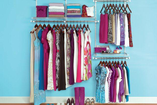 Šatník - šaty - móda - recyklace - oblečení slow fashion