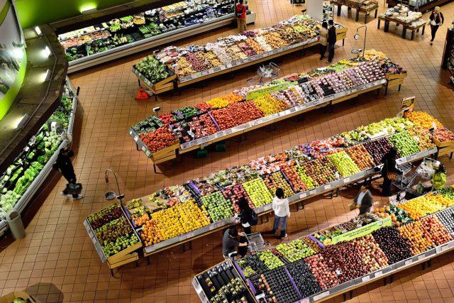 supermarket, zelenina, ovoce, nakupování