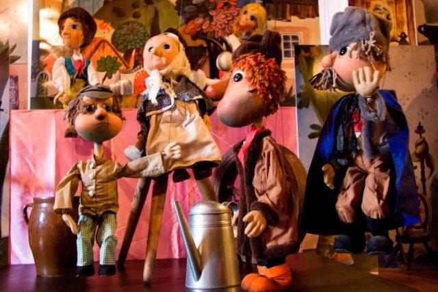 Na děti čekají v semilském muzeu loutkové pohádky