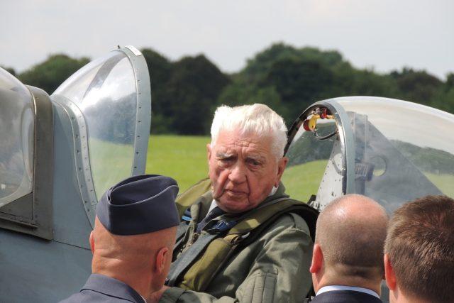 Generál Boček po přistání