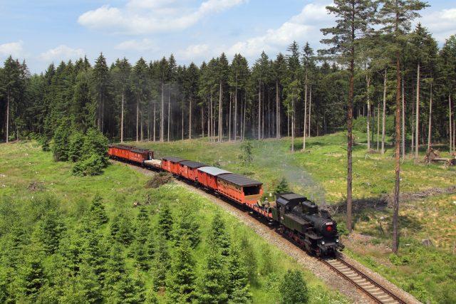 Součástí Legiovlaku je i parní lokomotivu, většinou se ale objevuje jen při zvláštních příležitostech