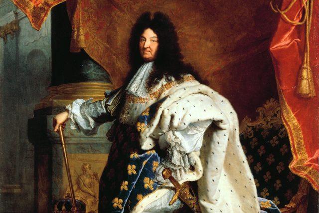 Syfilis,  která mimo jiné působila vypadávání vlasů,  dala vzniknout barokní módě nošení paruk. Není sice jisté,  jestli francouzský král Ludvík XIV. syfilidou skutečně trpěl,  když ale začal plešatět,  rozhodně si nepřál,  aby si to o něm lidé mysleli | foto: CC0 Public domain