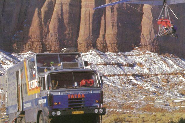 Tatra 815 GTC a rogalo