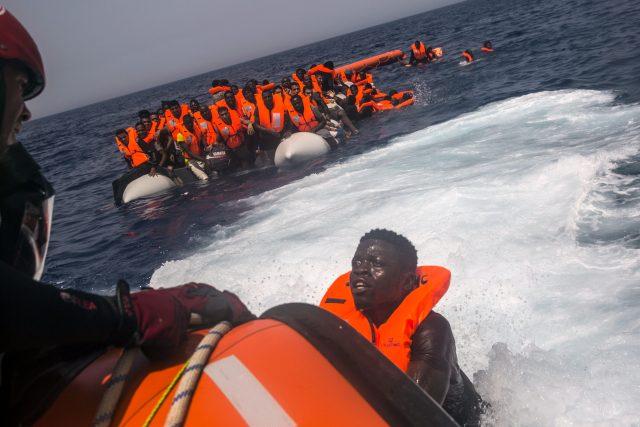 Během června si země unie přerozdělily tři tisícovky uprchlíků