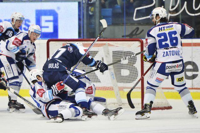Ve 24. kole hokejové extraligy zvítězila HC Škoda Plzeň nad Kometou Brno 5:4