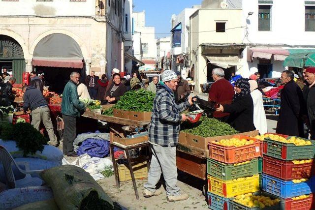 Tržiště v arabské části Tunisu je jako výlet do starých dob