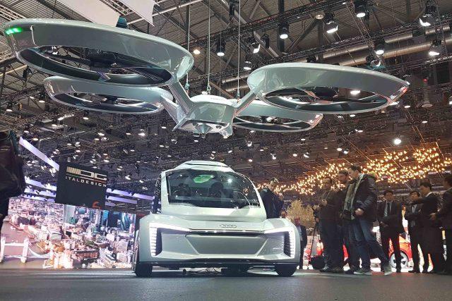 Létající auta jsou jednou z vizí budoucnosti rychlé přepravy ve velkých městech