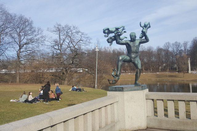 Vigelandovy sochy jsou typické svou dynamičností