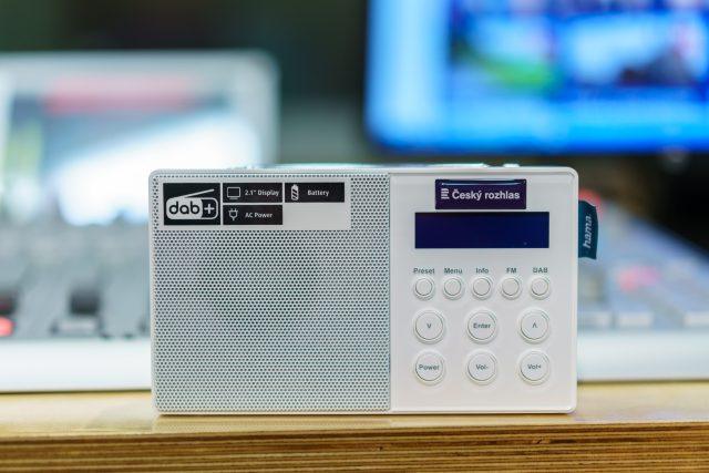 Digitální rádio nemusí být žádná velká investice a nabízí přitom řadu výhod jak v kvalitě signálu,  tak v nabídce služeb | foto: Khalil Baalbaki,  Český rozhlas