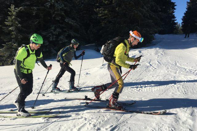 Skialpinisté v současnosti dobývají Krkonoše