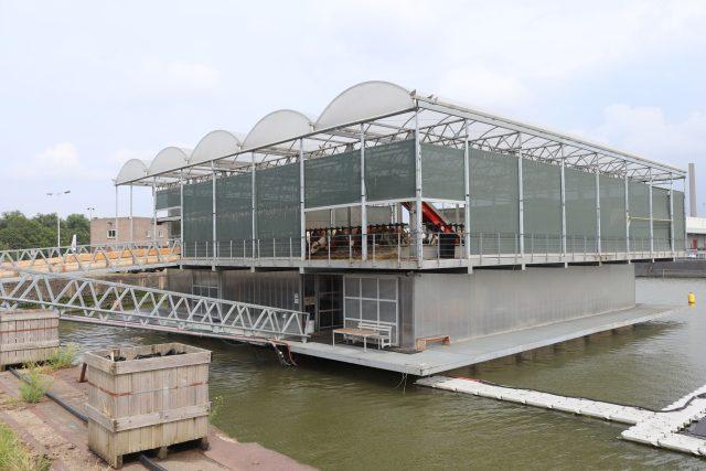 První plovoucí farma na světě nemohla vzniknout jinde než v Holandsku   foto: Viktor Daněk,  Český rozhlas,  Český rozhlas