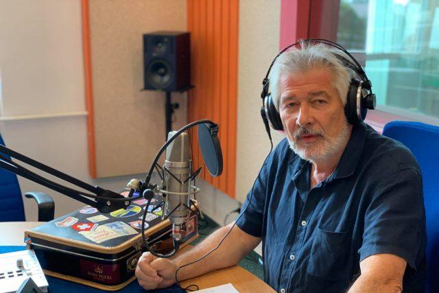 Petr Voldán ve studiu Českého rozhlasu Hradec Králové | foto: Jakub Schmidt,  Český rozhlas,  Český rozhlas