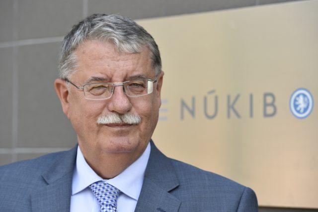 Vláda odvolala z funkce ředitele Národního úřadu pro kybernetickou a informační bezpečnost Dušana Navrátila