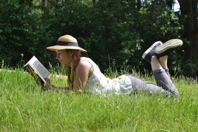 Letní čtení  (ilustrační snímek) | foto: Fotobanka Pixabay