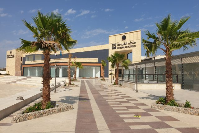 Nové Hurghádské muzeum chce také plážovým turistům dopřát lekci z egyptské historie