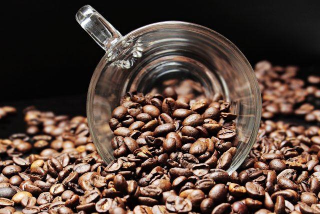 Káva, to je jeden z nejoblíbenějších nápojů na světě (ilustrační foto)