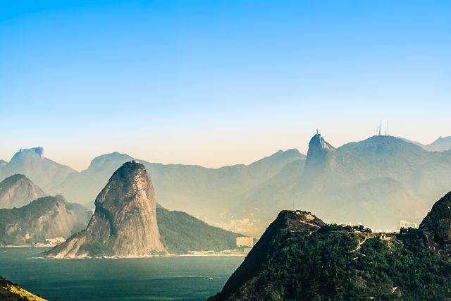 Hlavní turistická destinace v Brazílii se vyznačuje animistickou vírou černých Brazilců | foto: Pexels  (5069772)