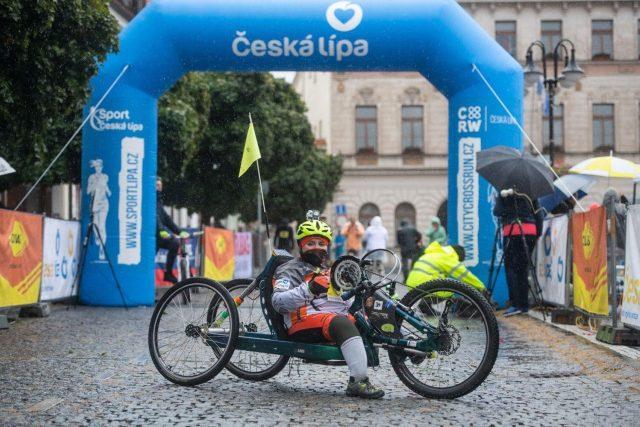 Petra Hurtová je několikanásobná česká šampionka na handbiku