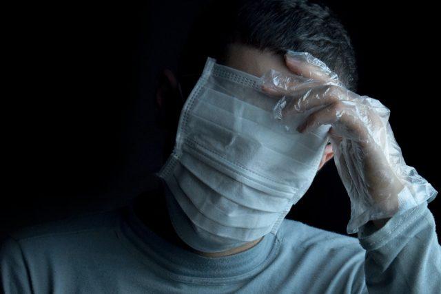 Způsobí koronavirus demenci?