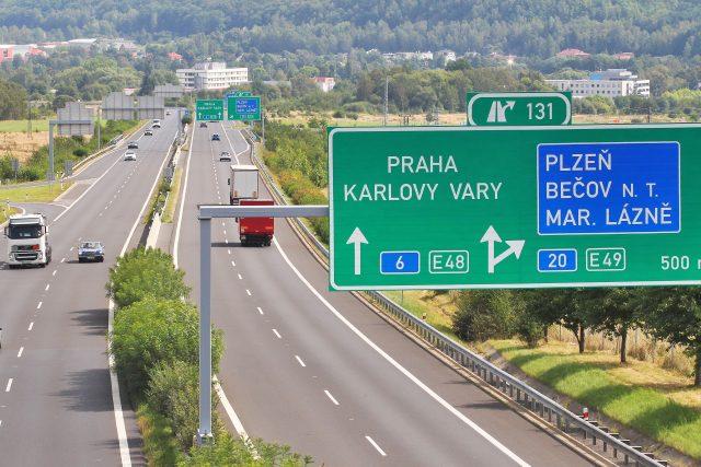 Úsek dálnice D6 mezi Horami a Karlovými Vary (ilustrační foto)