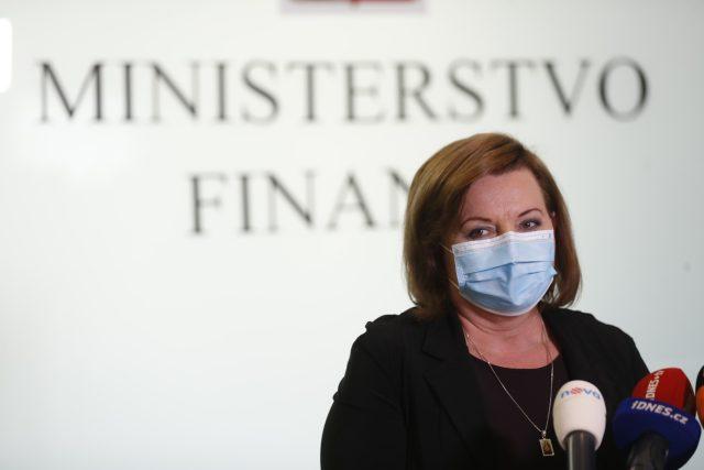 Vicepremiérka a ministryně financí Alena Schillerová (za ANO)