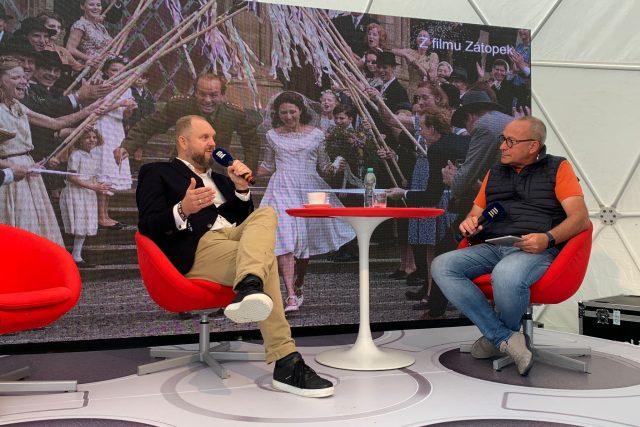 David Ondříček v rozhovoru s moderátorem Janem Pokorným | foto: Barbora Turazová,  Český rozhlas