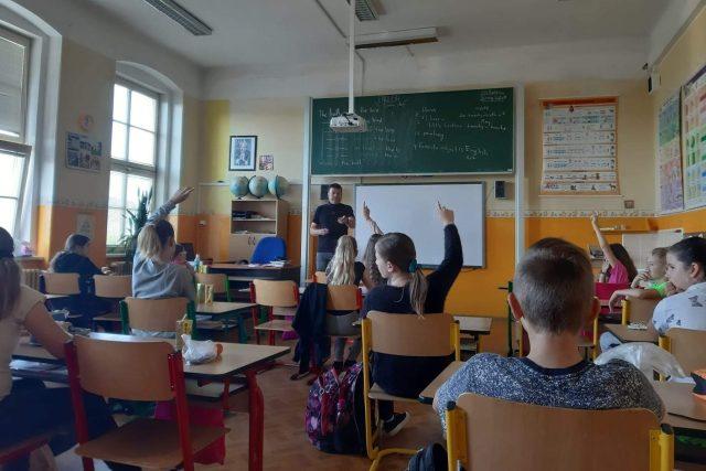 Ministerstvo připravilo plán pro podzimní doučování  (ilustrační snímek)   foto: Šárka Škapiková,  Český rozhlas,  Český rozhlas