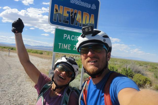 Peggy Marvanová a Adam Záviška zdolali 8100 km American Trail Race