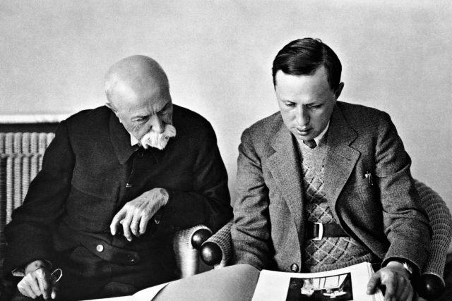 Karel Čapek s prezidentem Tomášem Garriguem Masarykem v roce 1930