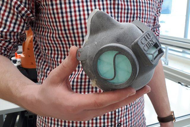 Respirátory bude možné tisknout na profesionálních 3D tiskárnách