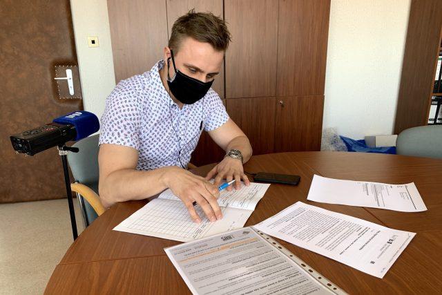 Hygienici po celém Česku zažívají jedny z nejnáročnějších týdnů