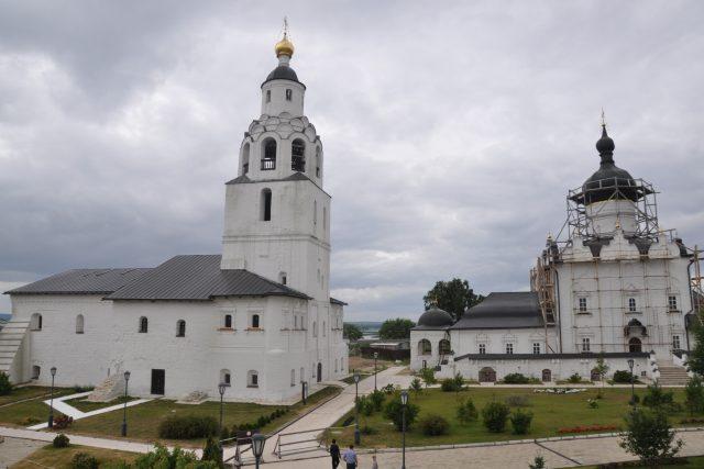Klášterní komplex ve Svijažsku je zapsaný na seznamu UNESCO a vláda Tatarstánu se tu rozhodla vybudovat památkovou zónu.