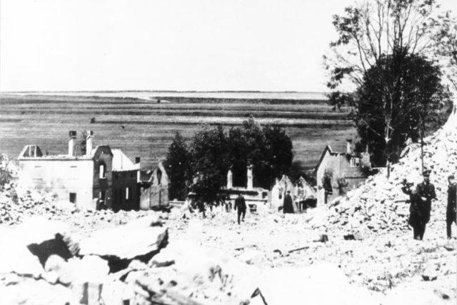 Obec Lidice po zničení nacisty v červnu 1942