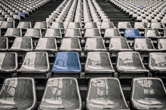 Zápasy první fotbalové ligy budou před prázdnými tribunami
