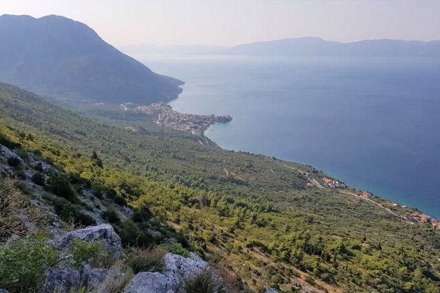 Chorvatsko, moře, hory, cestování, výhled, příroda, dovolená, ilustrační foto