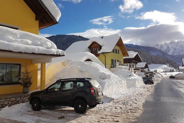 Vesnička Gosau v rakouských Alpách. Budou tam letos nějací turisté?  | foto: Mária Pfeiferová,  Český rozhlas