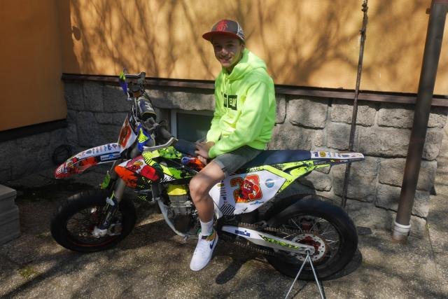 Čtrnáctiletý liberecký závodník Štěpán Zuda je nadějí motocyklového sportu