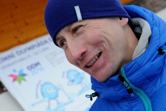 Bývalý běžec na lyžích a současný trenér Lukáš Bauer.
