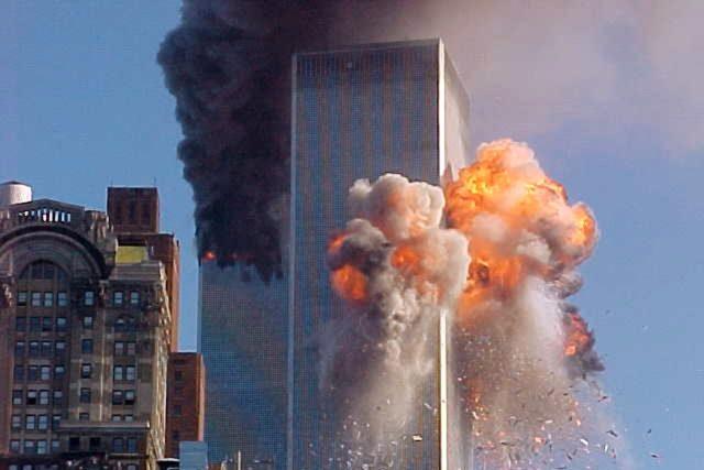 Útok na Světové obchodní centrum 11. září 2001 | foto: Taylor Carmen,  ČTK/AP