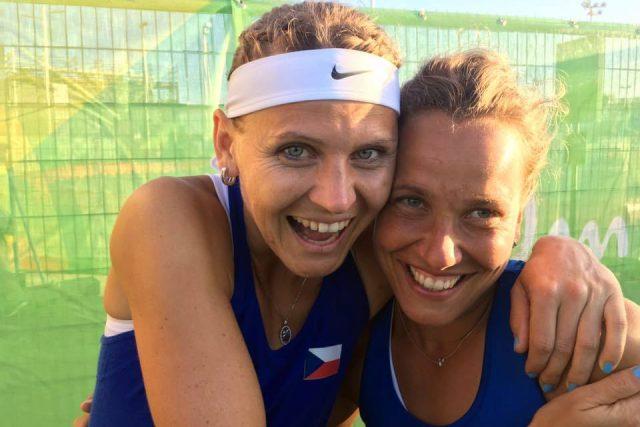 Barbora Strýcová na hrách Riu s Lucií Šafářovou
